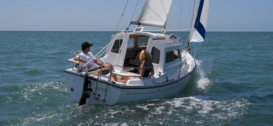 2014 Com-Pac Yachts Research