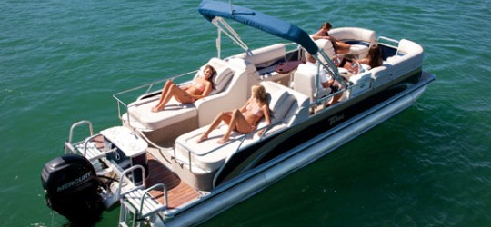 Research the new 2016  Tahoe Pontoon Boats Bowrider Boats