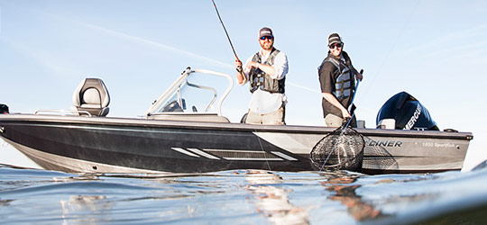 Research the new 2016  Crestliner Boats Bass Boats