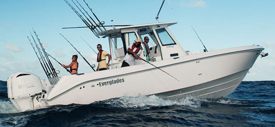 Research the new 2016  Everglades Boats Bay Boats
