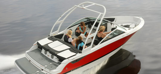Research the new 2016  Four Winns Boats Deck Boats