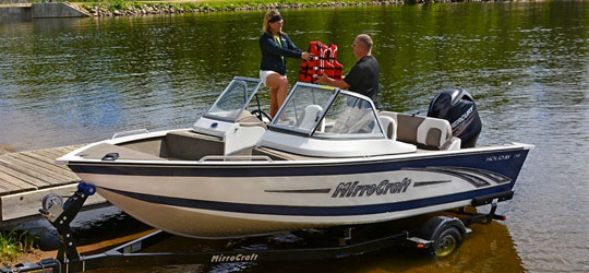 Research the new 2016  Mirrocraft Boats