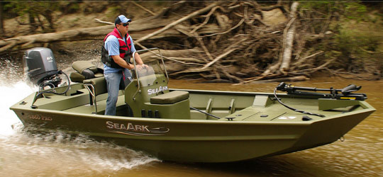 Research the new 2016  Seaark Boats Bay Boats