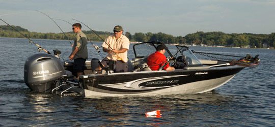 Research the new 2016  Smoker-Craft Boats Deck Boats