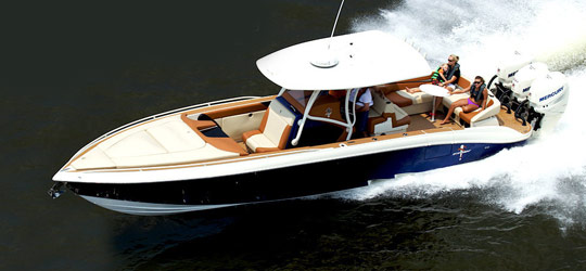 Research the new 2016  Statement Marine Center Console Boats