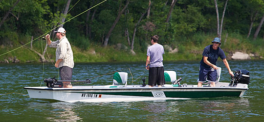 Research the new 2016  Supreme Boats