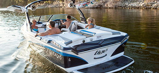 Research the new 2016  Tige Boats Walkaround Boats