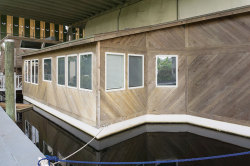 2007 Custom 57 Houseboat