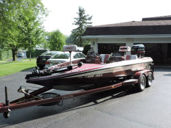charger-bassboat-495tf boat image