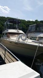 1982 Sea Ray twin diesel Boat