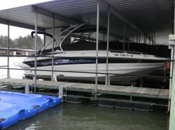 crownline-240ex-deck-boat boat image