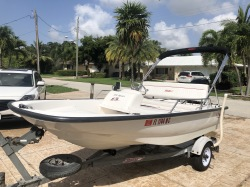 2001 Boston Whaler 130 Sport Like New