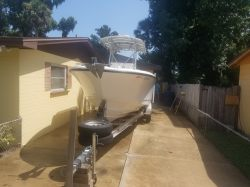 excellent-edgewater-245-center-console-for-sale boat image