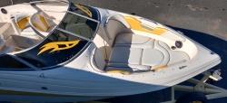 2003 Rinker Captiva 232 BR