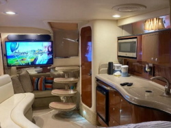 Meticulously Maintained 2007 Sea Ray Sundancer 320!