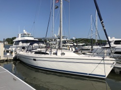 2009 CATALINA 375  GYPSEA SOL