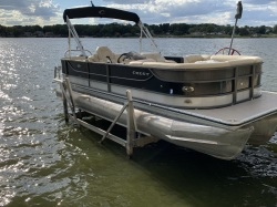 2014 Crest III 230 SLR2 CP3 performance with 150 hp Mercury