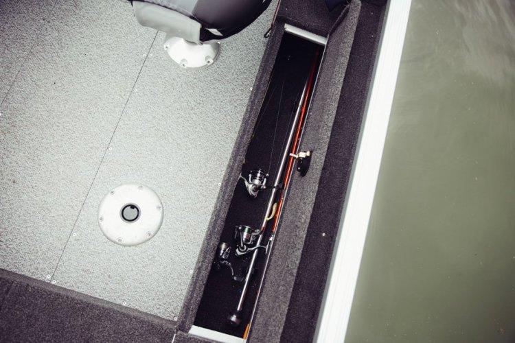 l_classic-165-sport-side-rod-storage