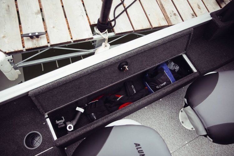 l_classic-165-sport-side-storage