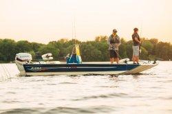 2017 - Alumacraft Boats - MV2072 AW BAY