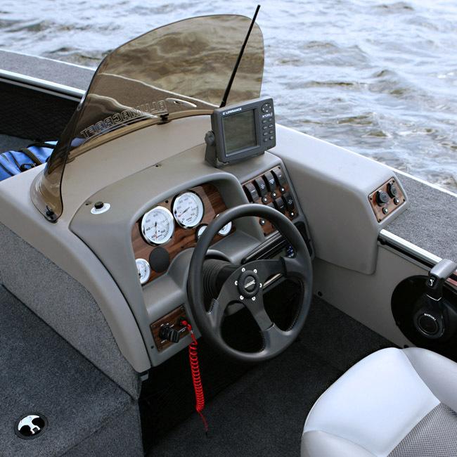 l_Alumacraft_Boats_-_Tournament_Pro_185_Tiller_2007_AI-245811_II-11377607