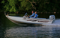 Alumacraft Boats Classic 165 CS Multi-Species Fishing Boat