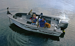Alumacraft Boats Dominator 165 CS Multi-Species Fishing Boat