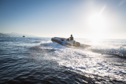 2020 - Avon Boats - eJET 450