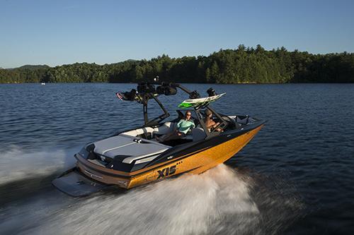 l_fullspeedwakeboardboat