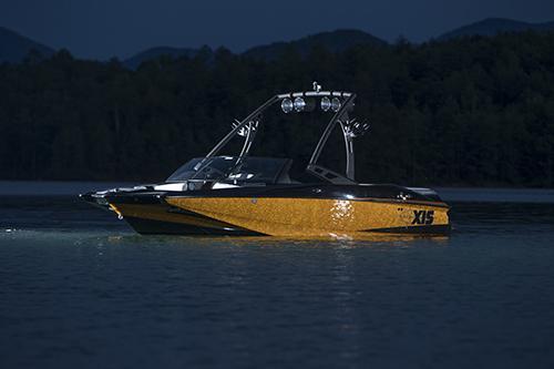 l_new2014axisa20skiboat