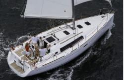2009 - Beneteau Sailboats - Beneteau 34