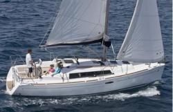 2009 - Beneteau Sailboats - Beneteau 31