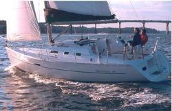 2009 - Beneteau Sailboats - Beneteau 323