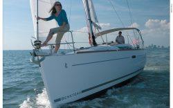 2010 - Beneteau Sailboats - Beneteau 37