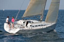 2010 - Beneteau Sailboats - First 35