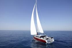 2012 - Beneteau Sailboats - Sense 43