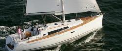 2014 - Beneteau Sailboats - Oceanis 37
