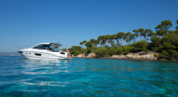 2017 - Beneteau Yachts - Gran Turismo 40