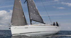 2017 - Beneteau Sailboats - First 35
