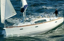 Beneteau Sailboats Beneteau 40 Cruising Sailboat Boat