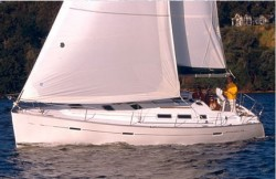 Beneteau Sailboats Beneteau 373 Cruising Sailboat Boat