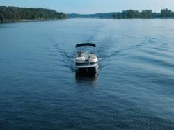 Bennington Boats - 2575 RCW IO