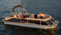 2011 - Bennington Boats - 2575 QCW IO