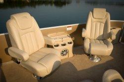 2011 - Bennington Boats - 2575 RL IO