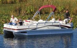Bennington Boats 2075FSi Pontoon Boat