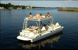 Bennington Boats 2575RLX Pontoon Boat