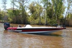 2013 - Blazer Boats - 625 Pro Elite
