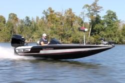 2020 - Blazer Boats - 595 Pro Elite
