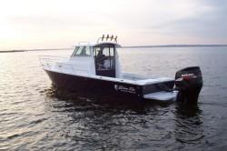 Blue Fin Boats Cuttyhunk Sport Cabin 23 Walkaround Boat