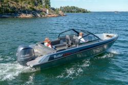 2018 - Buster Boats - SuperMagnum